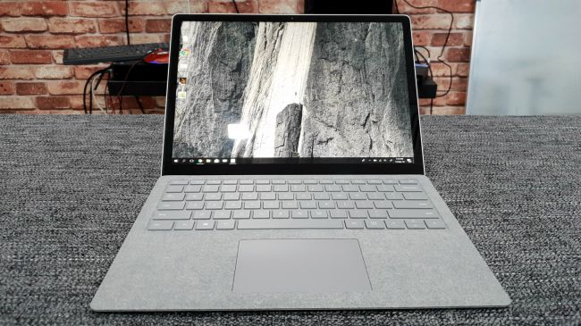 Surface Laptop AMD